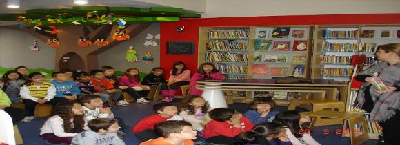 Διδακτική επίσκεψη στη βιβλιοθήκη Βέροιας Β1-Β2-Δ1-Δ2